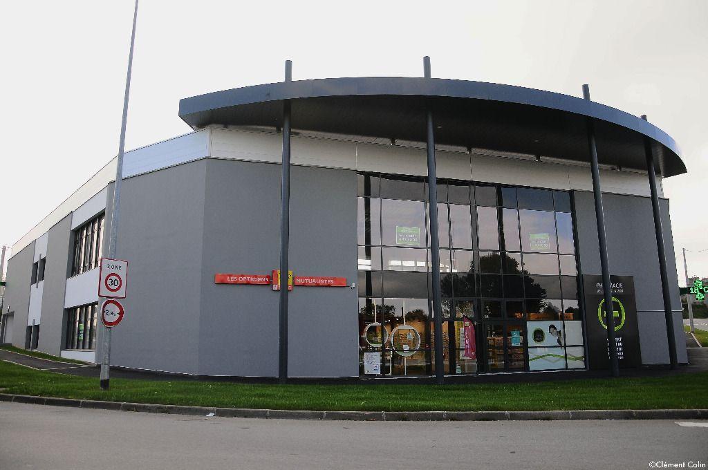 A VENDRE 270 m² Local Commercial LESNEVEN
