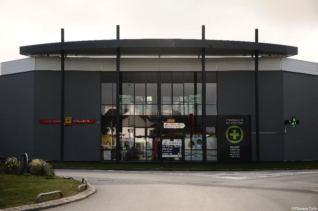 A VENDRE 146 m² Bureaux LESNEVEN
