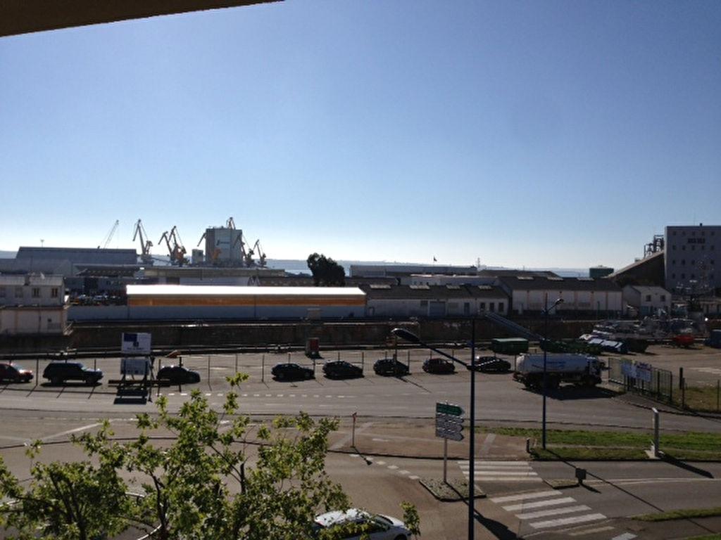 Port de Commerce Bureaux A VENDRE 560 M²