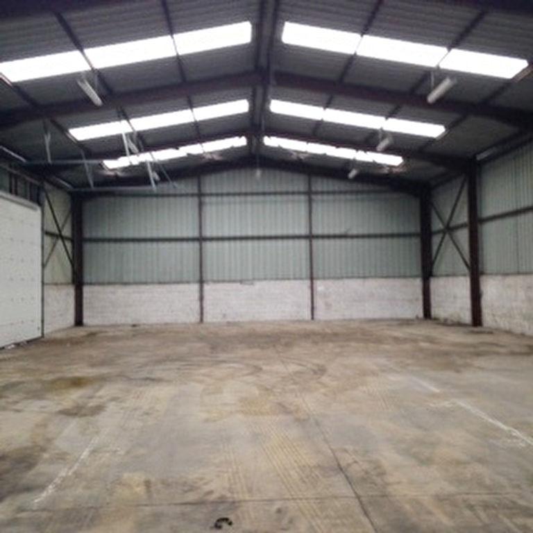 Entrepôt / local industriel Brest 2200 m2