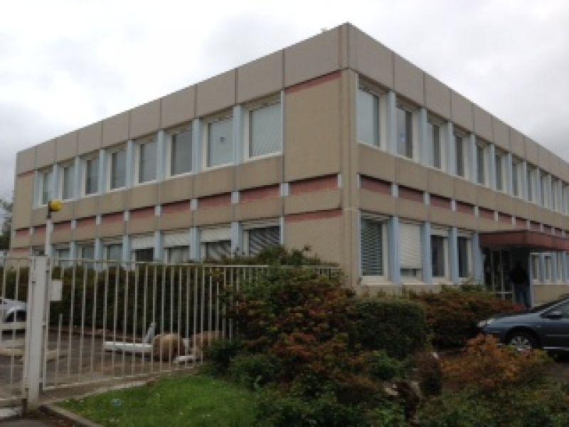 BUREAUX A LOUER - ZONE DE KERGARADEC - 167 m²