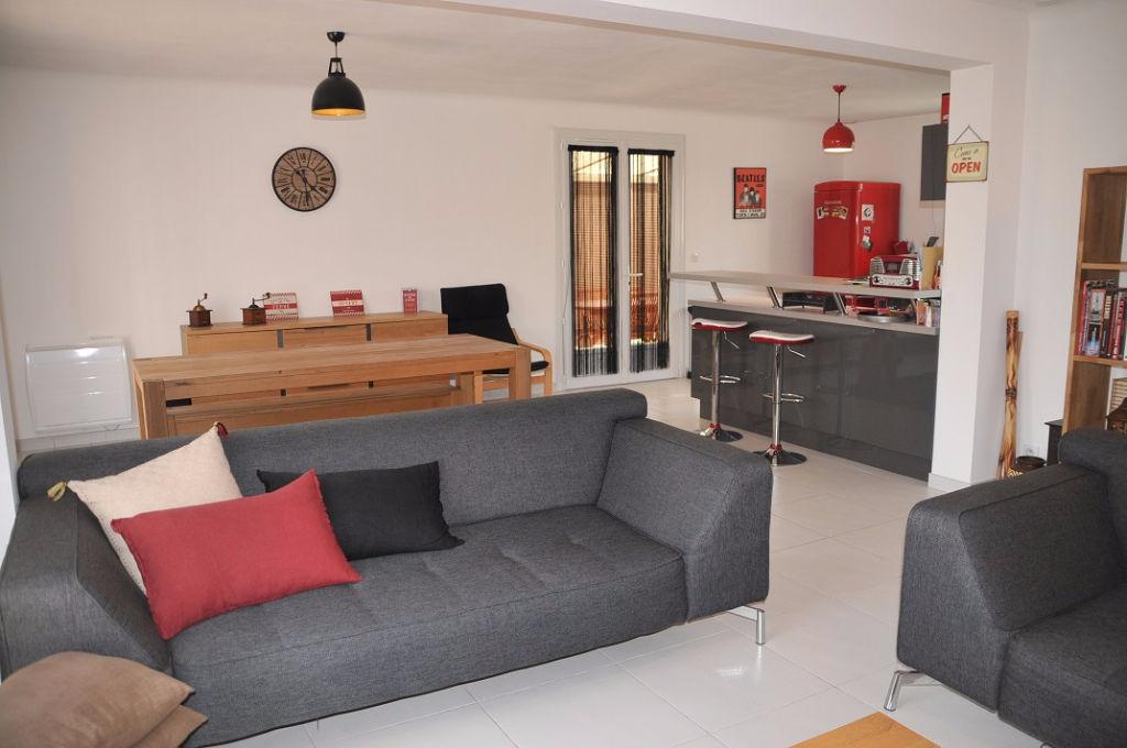 Maison Bouguenais de plain pied, 118 m2 habitables au calme de son quartier