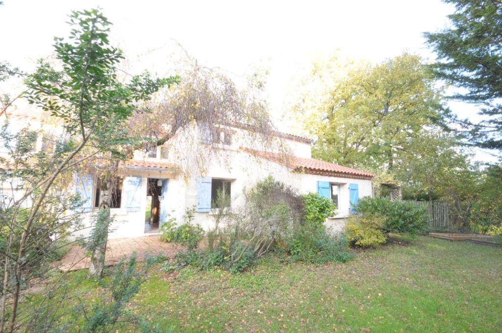 Bouguenais bourg Maison familiale 162 m²