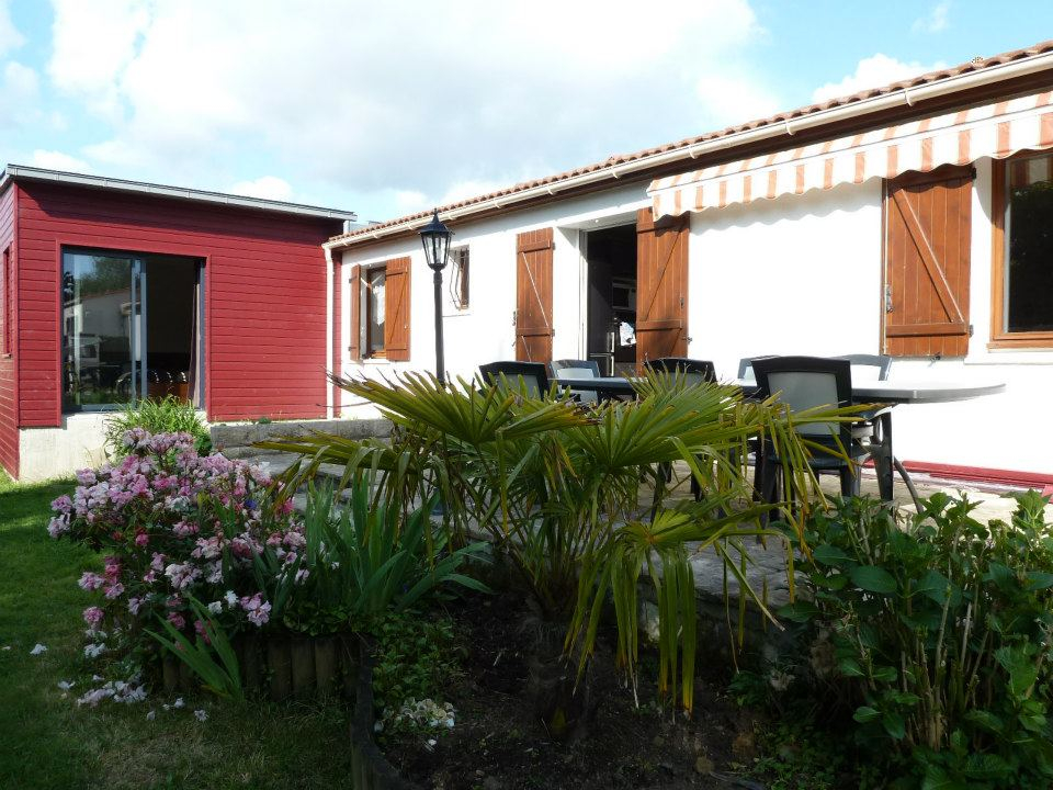 Bouguenais bourg - Maison de plain pied de 4 chambres+bureau, jardin et garage