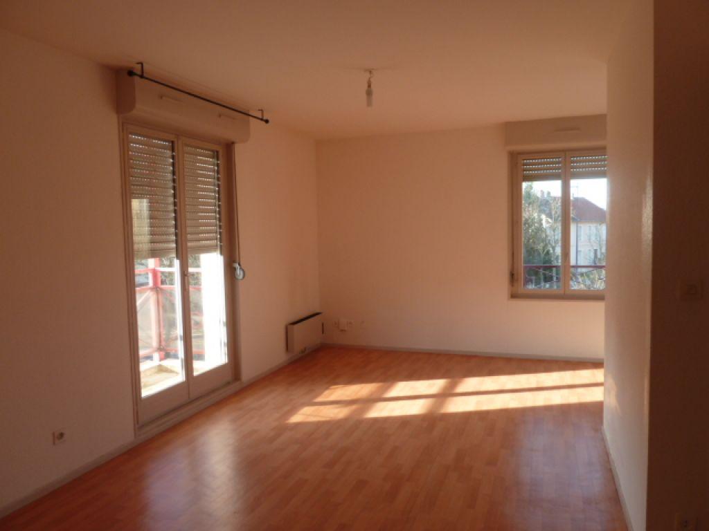 appartement a louer 57000 metz 1 pi ces m. Black Bedroom Furniture Sets. Home Design Ideas