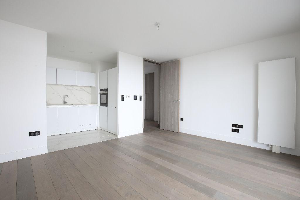 appartement a louer 57000 metz 2 pi ces m. Black Bedroom Furniture Sets. Home Design Ideas