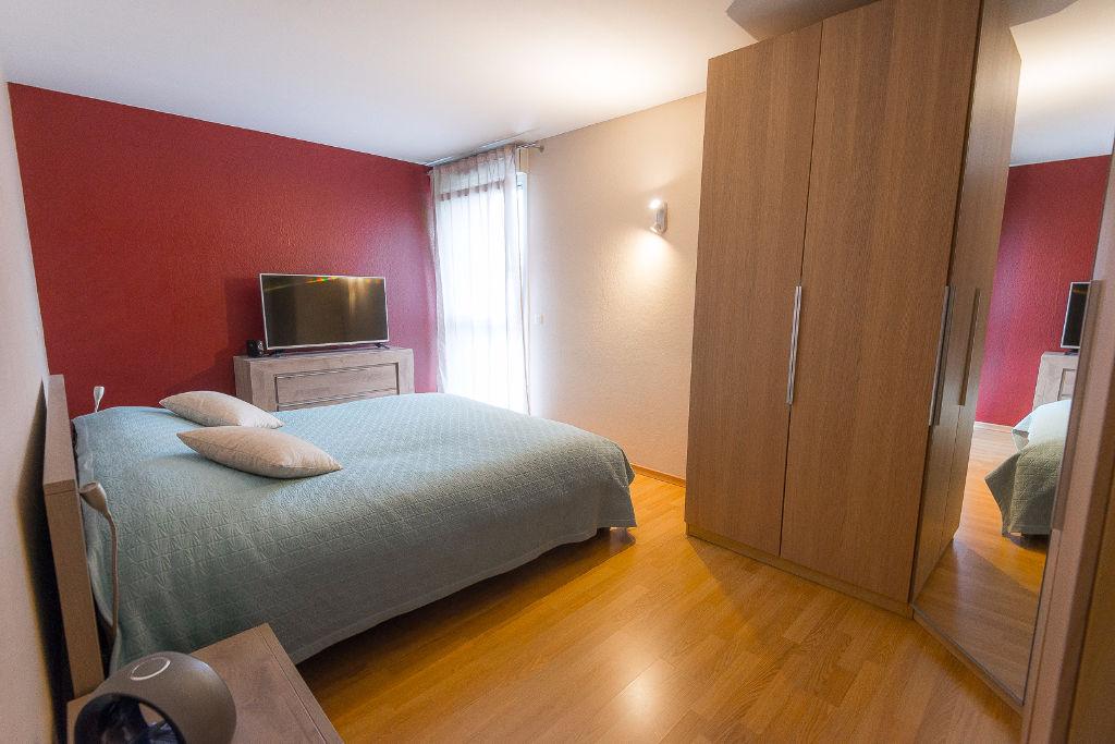 Appartement Thionville 4 pièces 107 m2, terrasse, cave et garage