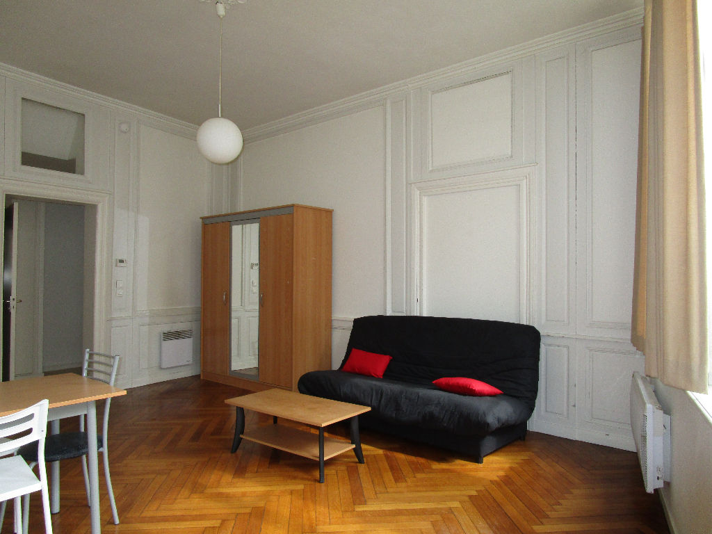 a louer appartement 32 5 m metz cabinet benedic. Black Bedroom Furniture Sets. Home Design Ideas