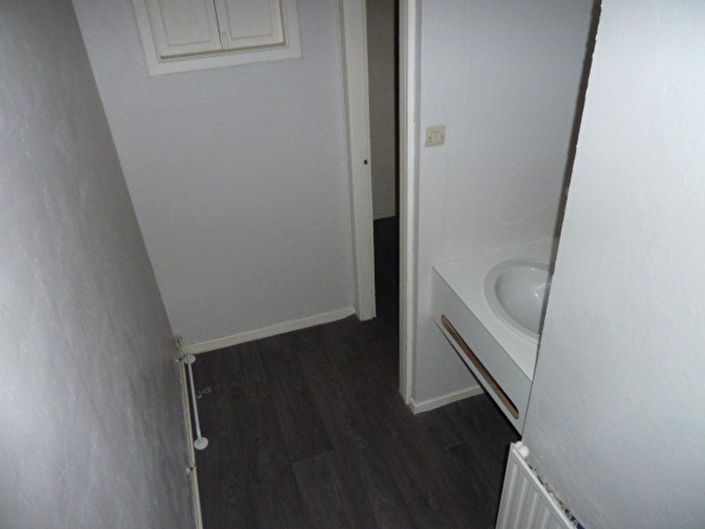a louer appartement montigny les metz t2 a louer 2 pi 232 ces 45 m 178 cabinet
