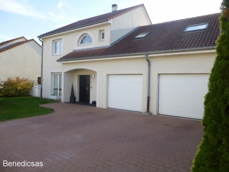 A vendre maison 150 m ay sur moselle cabinet benedic for Maison moderne 57