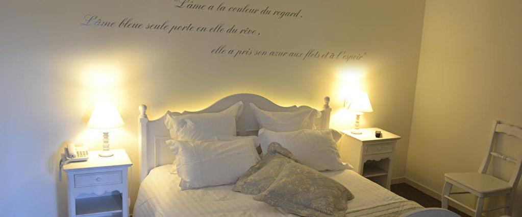 A VENDRE: HOTEL BUREAU LICENCE IV- MANCHE