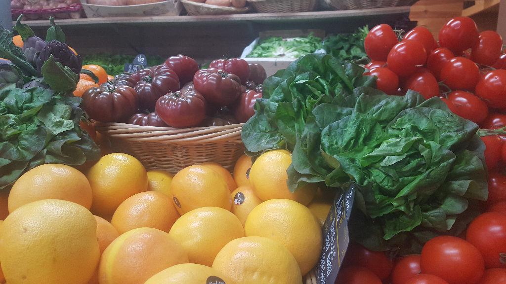 COMMERCE DE FRUITS ET LEGUMES - COTE FLEURIE