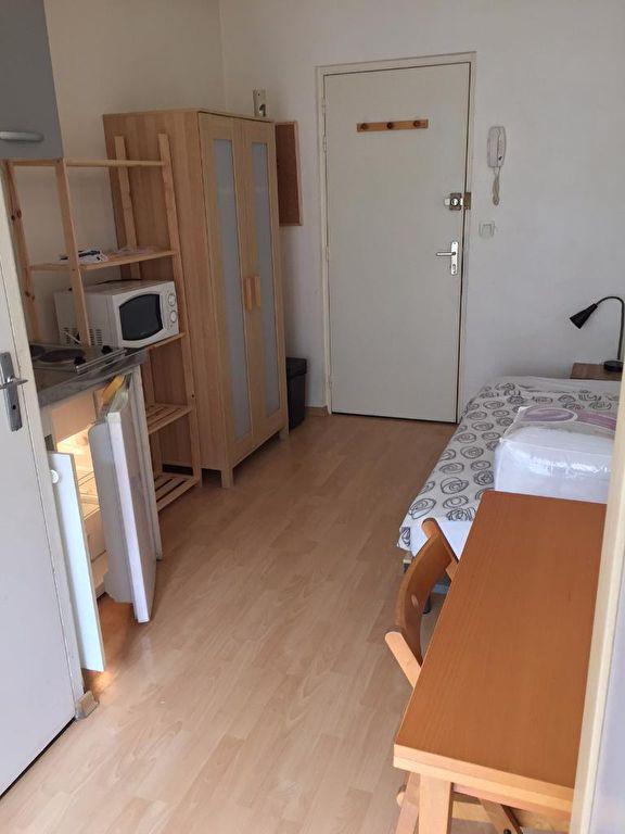 Studio- chambre meublée - Bon état - Quartier Graslin / René Bouhier