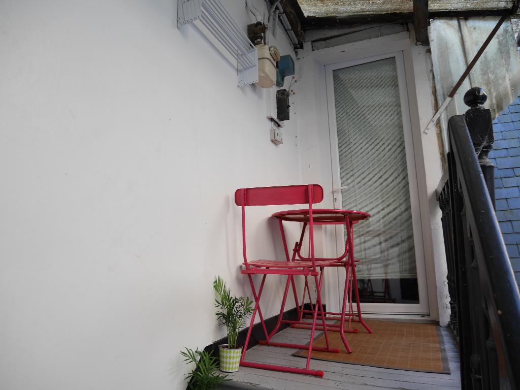 Nantes Decré - Studio meublé avec patio privatif