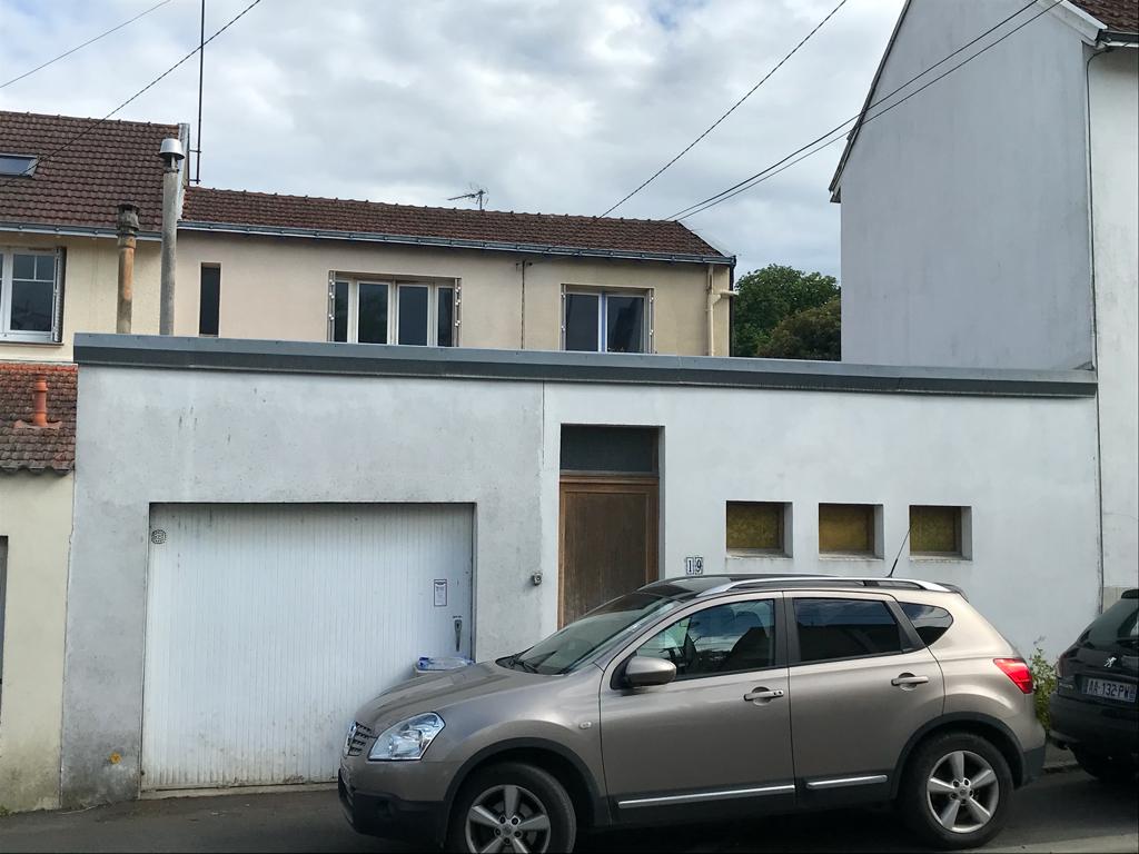 Sous Compromis / Rare quartier Tortière / St Félix maison à rénover!