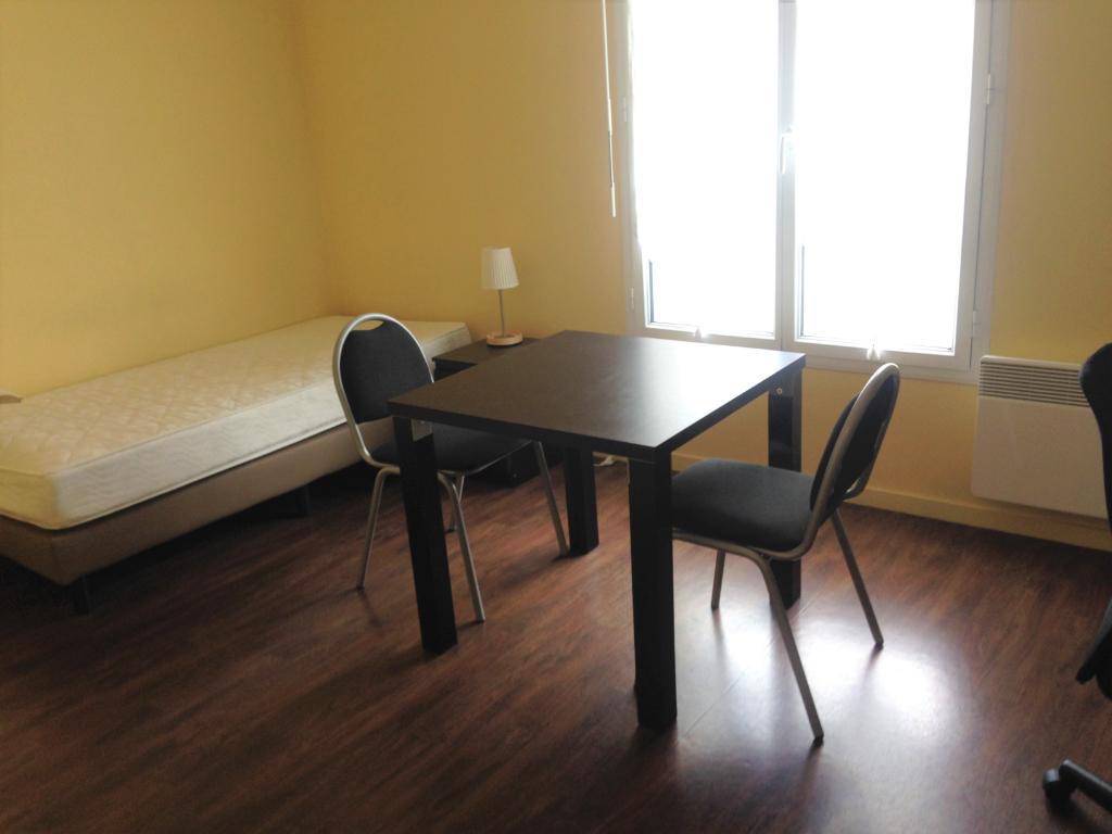 Studio meublé loyer tout compris - Centre ville - Spécial étudiant