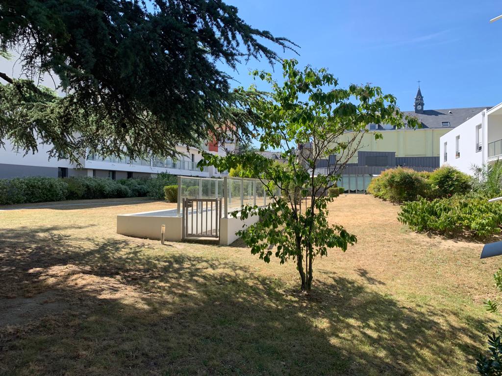 Jardin des plantes! très beau T3 exposé sud.