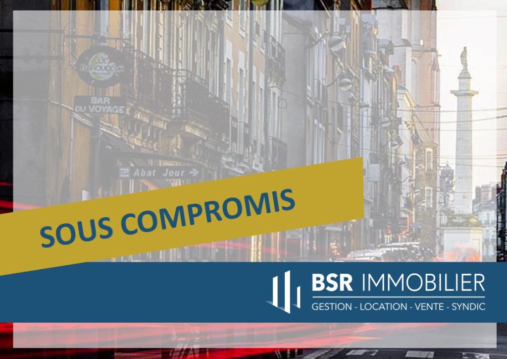 SOUS COMPROMIS! Murs Nantes 2 pièce(s) 49.54 m2