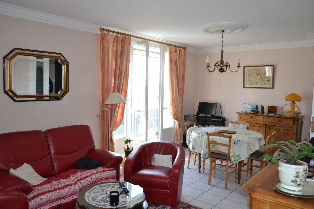 Le Dourjacq  Appartement 4 pièces avec garage