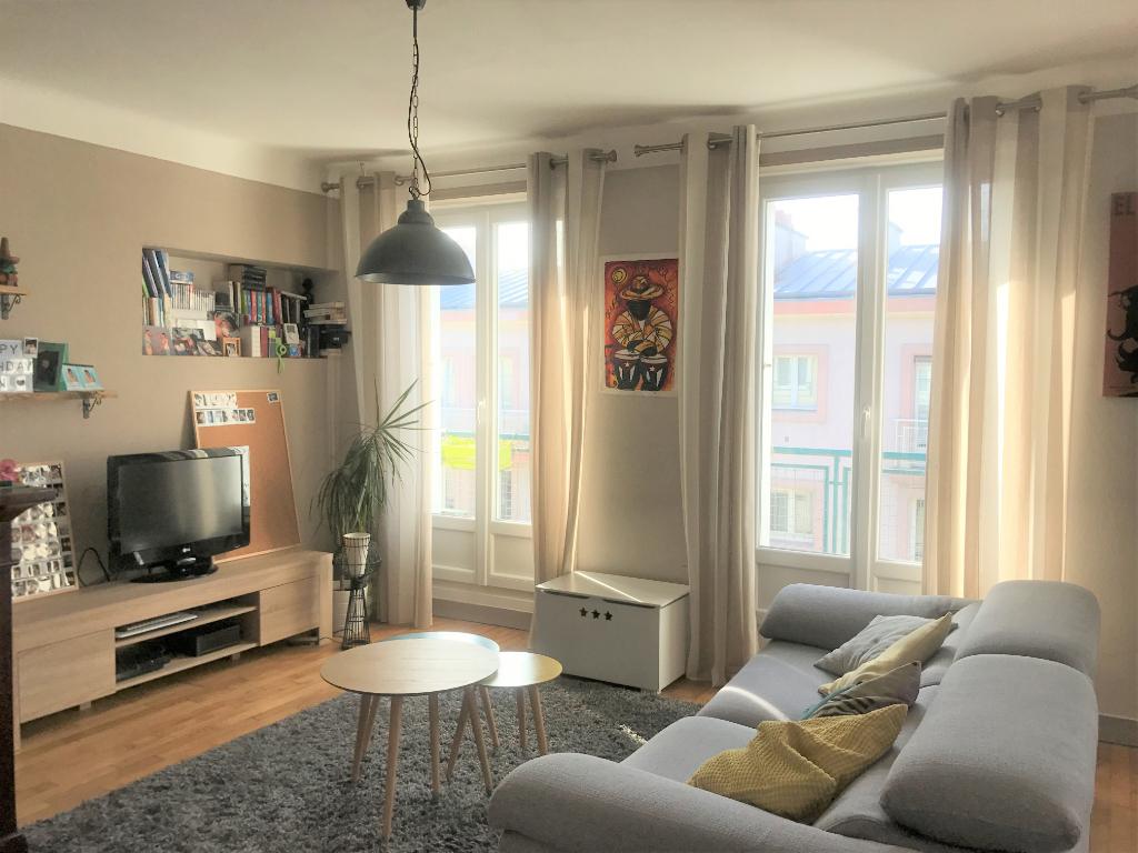 SOUS COMPROMIS - Appartement T4 Brest Triangle d'Or Dernier étage Vue mer !