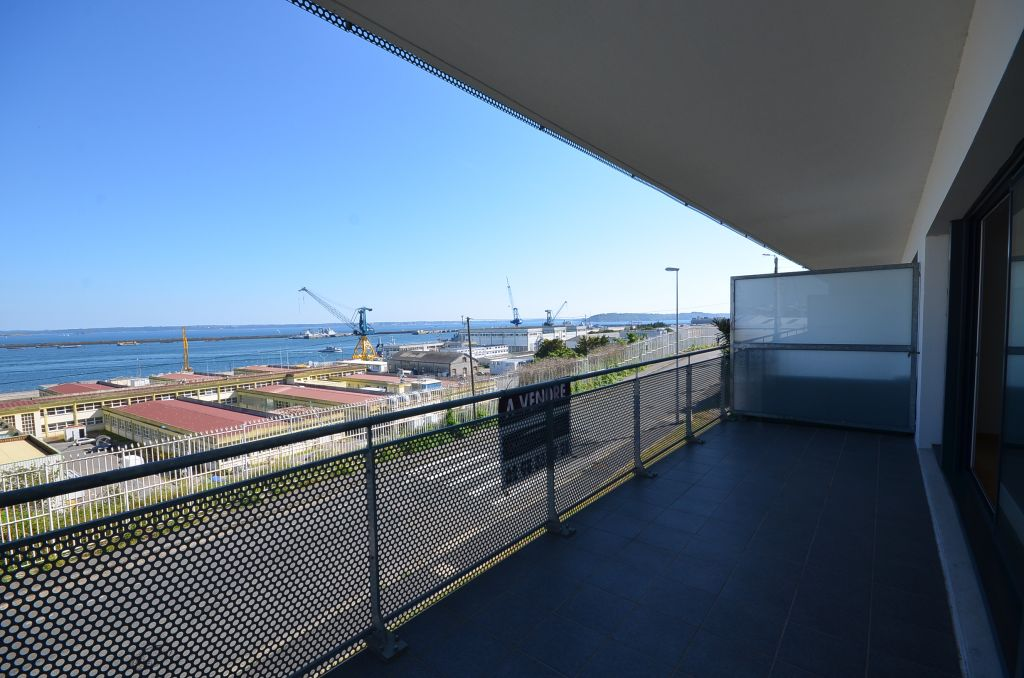 BREST CORNICHE -  Appartement T4 de standing de 80m²  avec vue rade