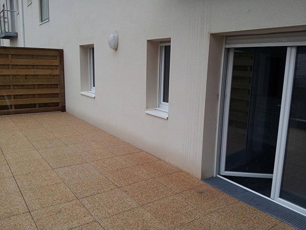 Appartement 2 pièces avec grande terrasse sur jardin