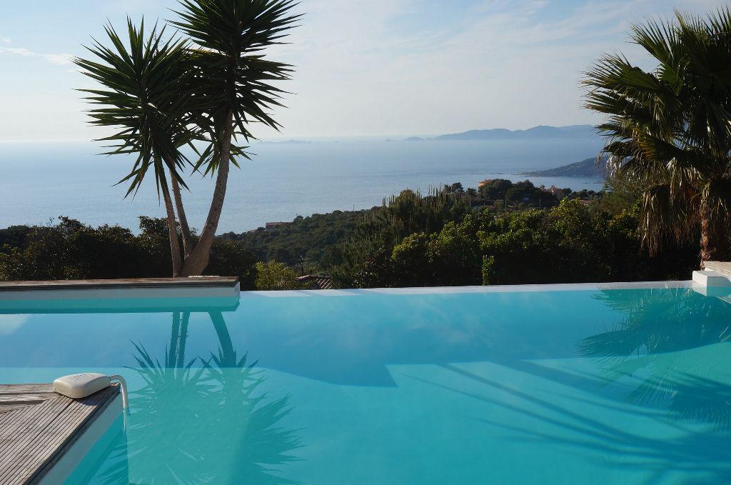 Rive Sud Demeure de prestige  5 pièce(s) 135 m2 piscine vue mer