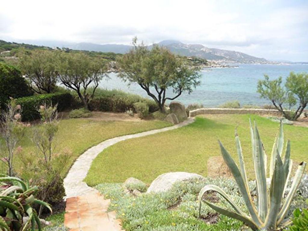 Charmante Villa à Ile Rousse pied dans l'eau