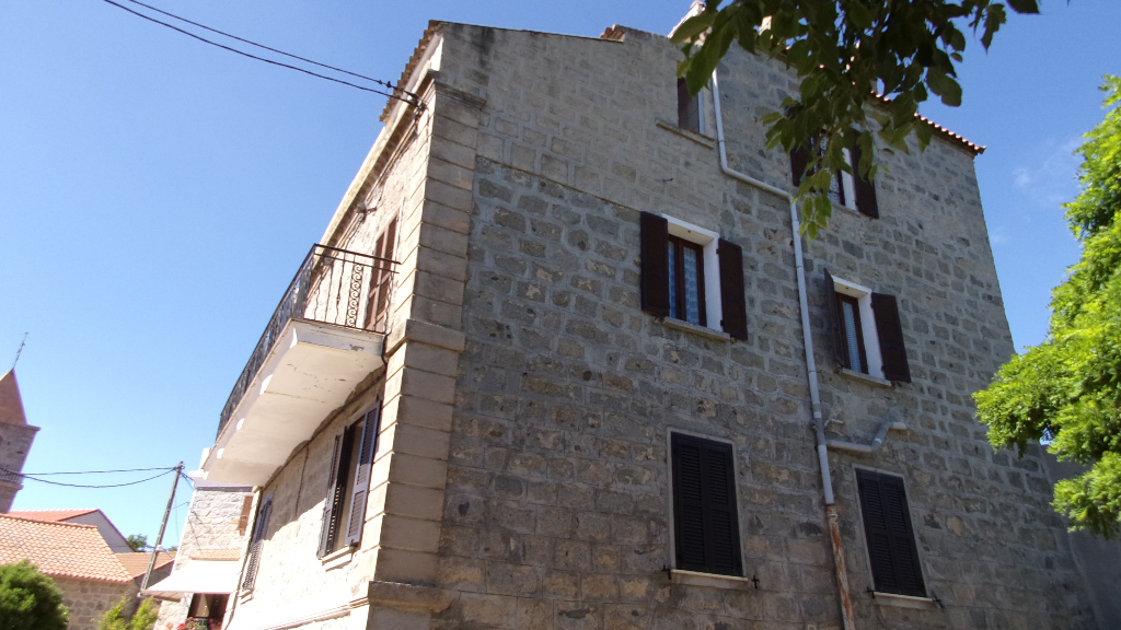 Charmante Maison  en pierre à Giuncheto 5 pièce(s) 120 m2