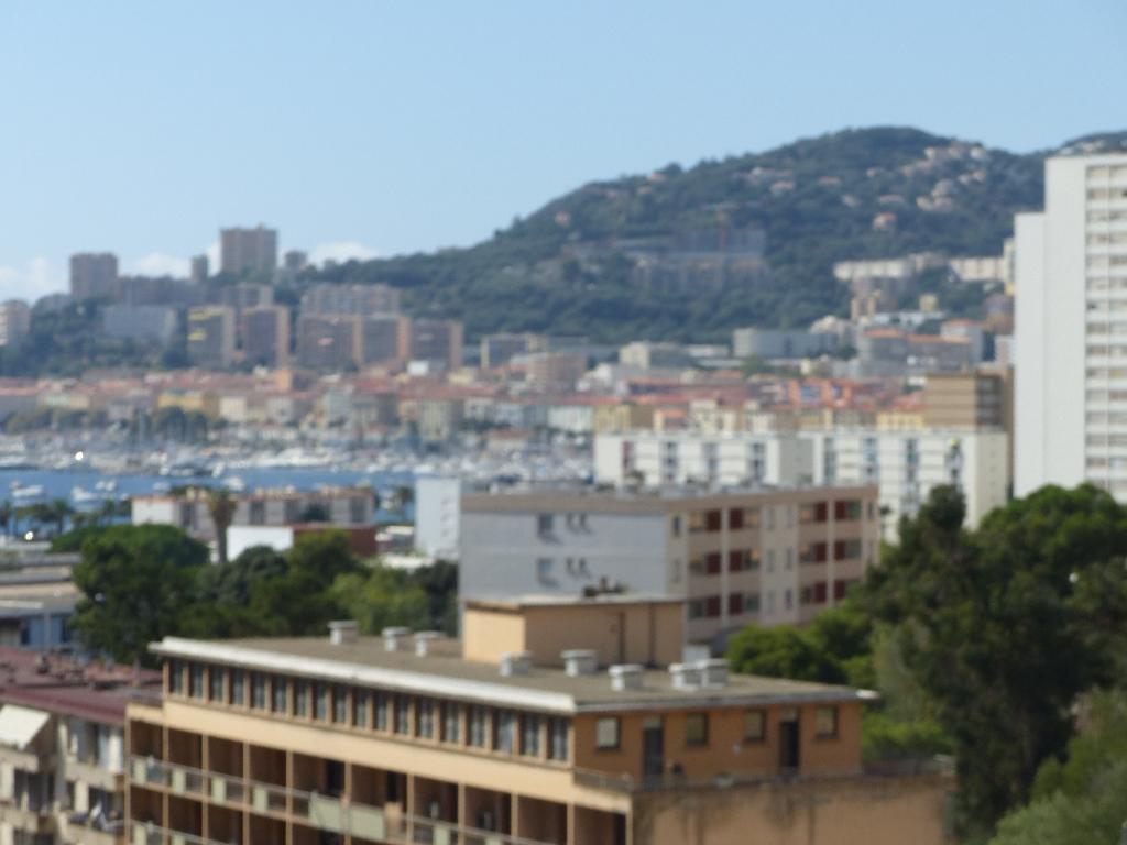 Entrée de ville Appartement Ajaccio 3 pièce(s) 73 m2 dernier étage vue dégagée