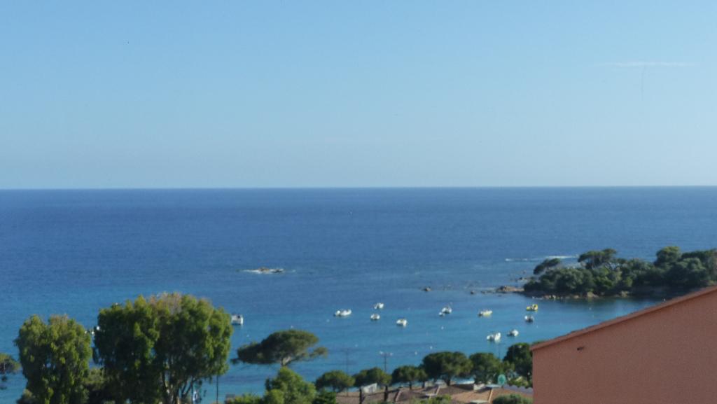 Ajaccio Sanguinaires Appart F3,  80 m2 vue mer à 2 pas de la plage Marinella