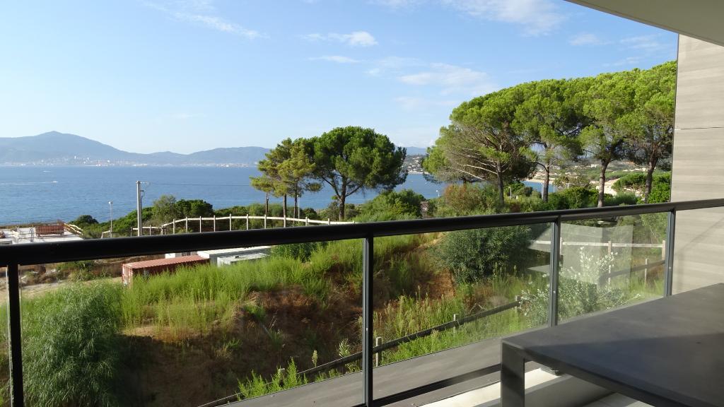 Rive sud Appartement récent Pietrosella 3 pièce(s) 58 m2 petite vue mer