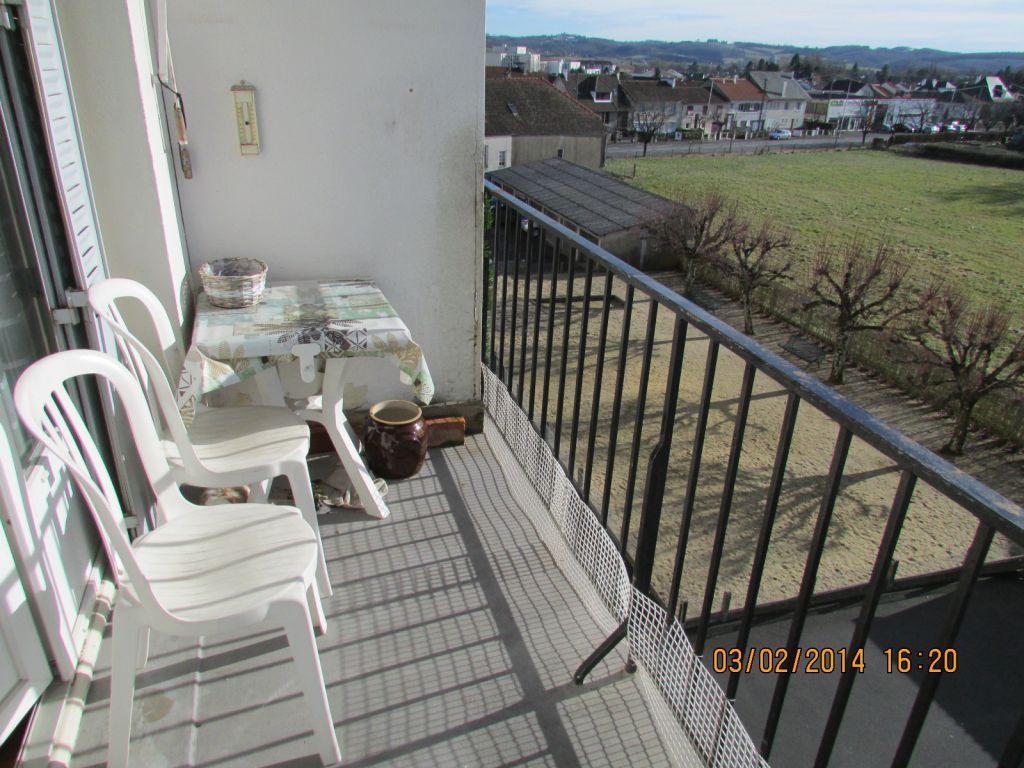 Appartement Aurillac 4 pièce(s) 79 m2 balcon, garage
