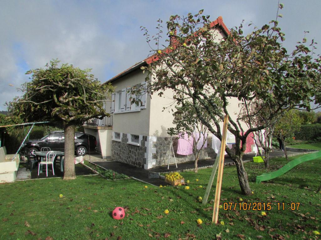 Maison Aurillac 6 pièce(s) 120 m2