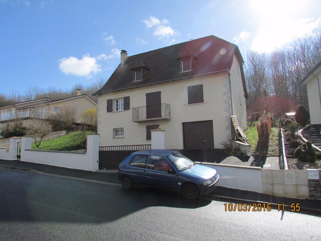 Maison Aurillac 7 pièce(s) 180 m2