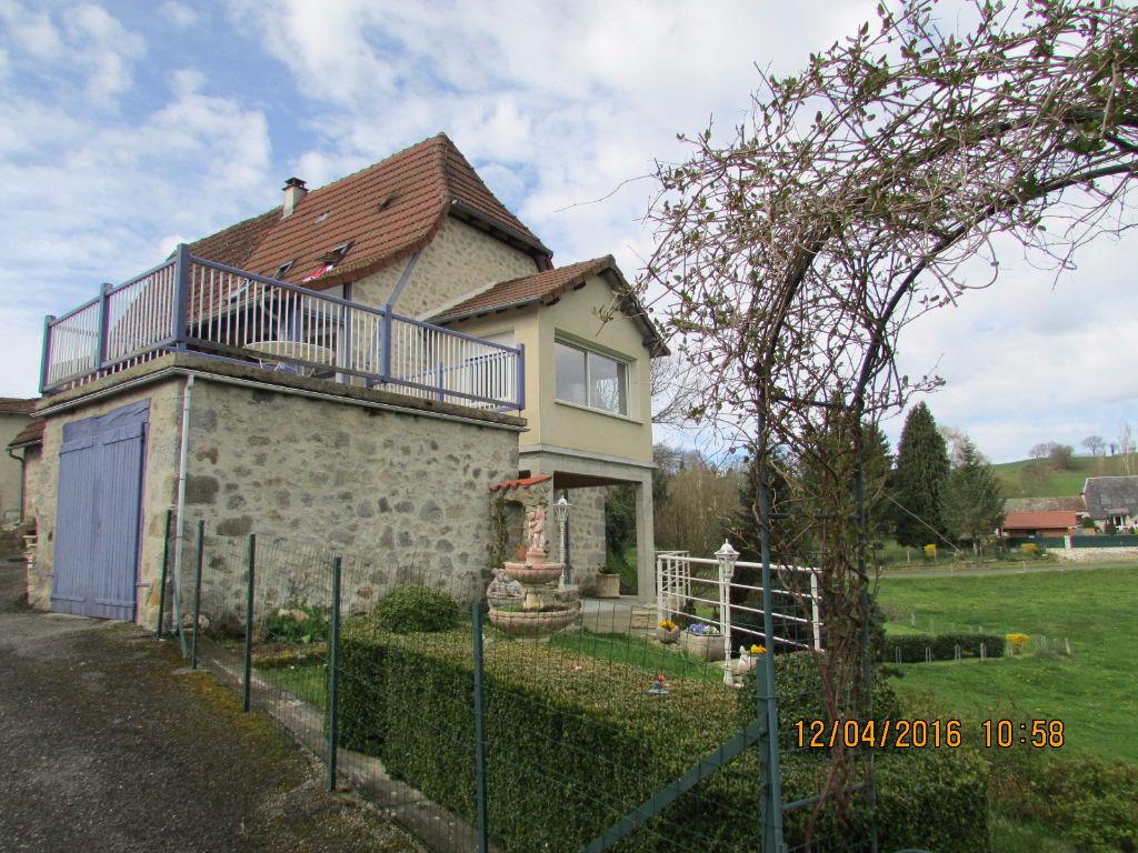 Maison en pierre Aurillac 5 pièce(s) 80 m2
