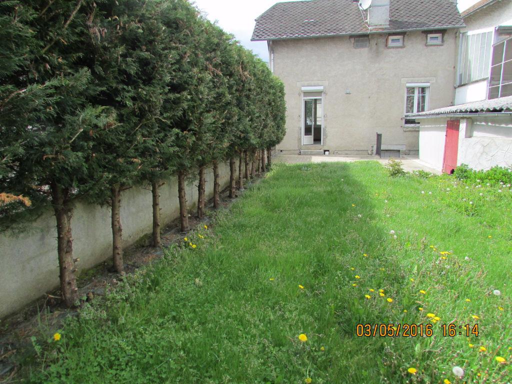 Maison Aurillac 4 pièce(s) 80 m2 cap blanc