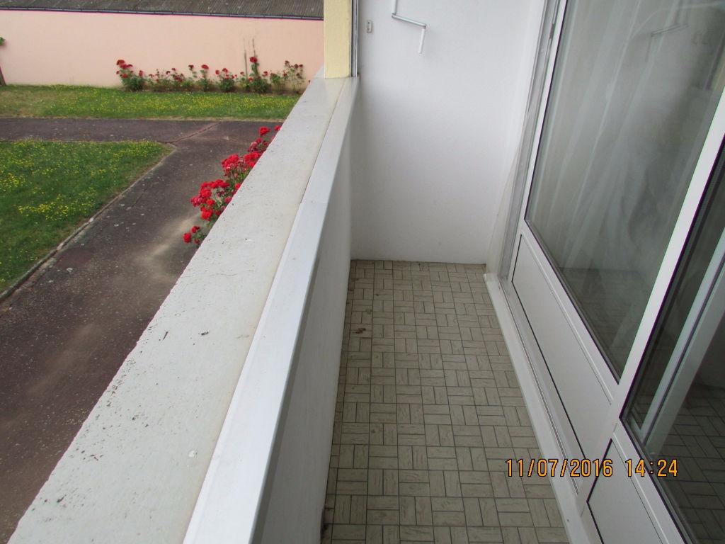 Appartement Aurillac 3 pièce(s) 64 m2 2 balcons garage