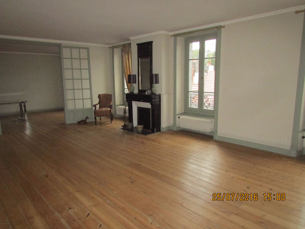 Appartement Aurillac 5 pièce(s) 190 m2