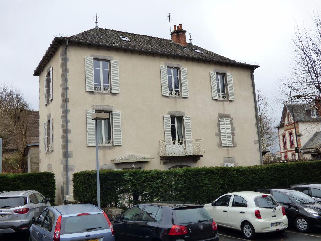 Maison Aurillac 7 pièce(s) 210 m2 CENTRE VILLE