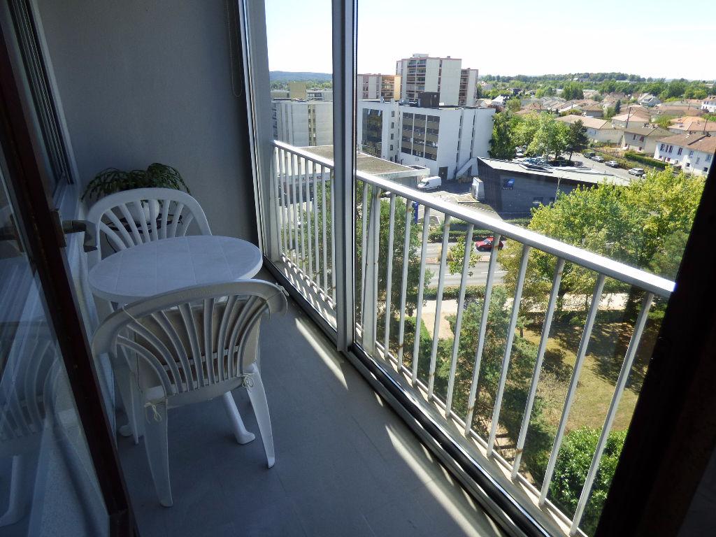 Appartement Aurillac 3 pièce(s) 79 m2 BALCON