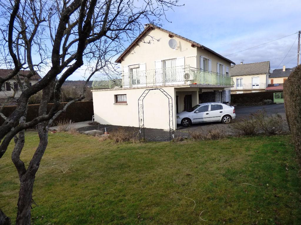 Maison 15000 6 pièce(s) 110 m2