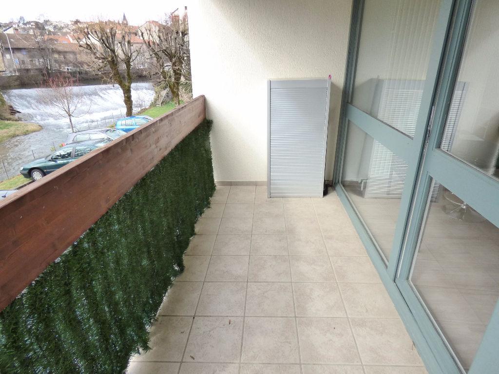 Appartement 15000 3 pièce(s) 66 m2 Balcon garage chauff indiv