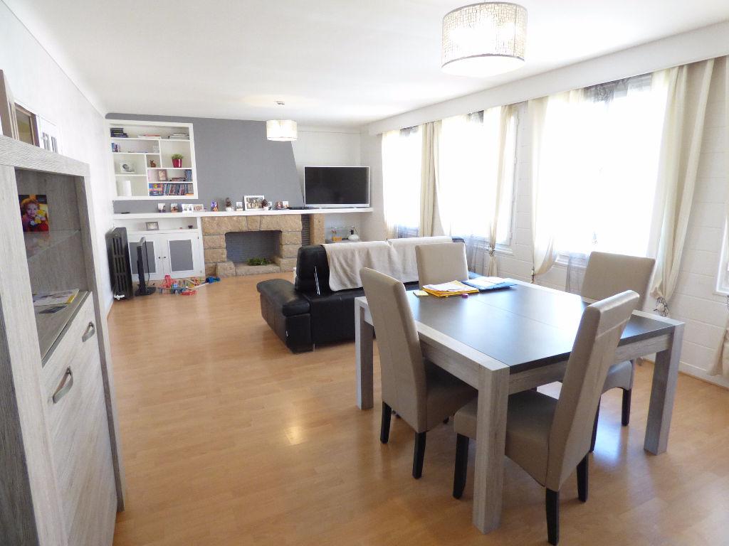 Appartement 15000 5 pièce(s) 125 m2 garage loggia terrasse
