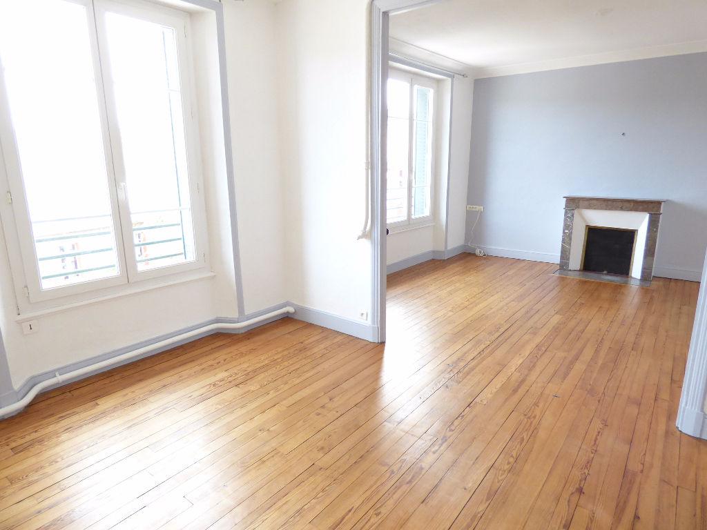 Appartement Aurillac 4 pièce(s) 82 m2 balcon