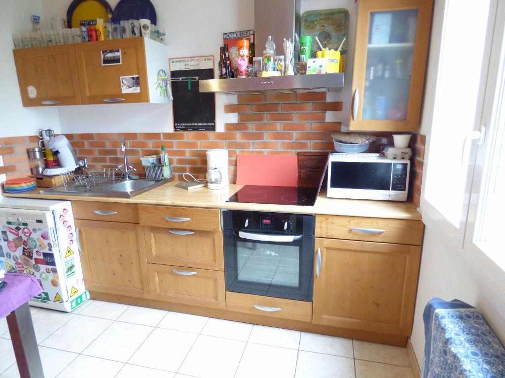 Appartement  3 pièce(s) 55 m2 BALCON GARAGE