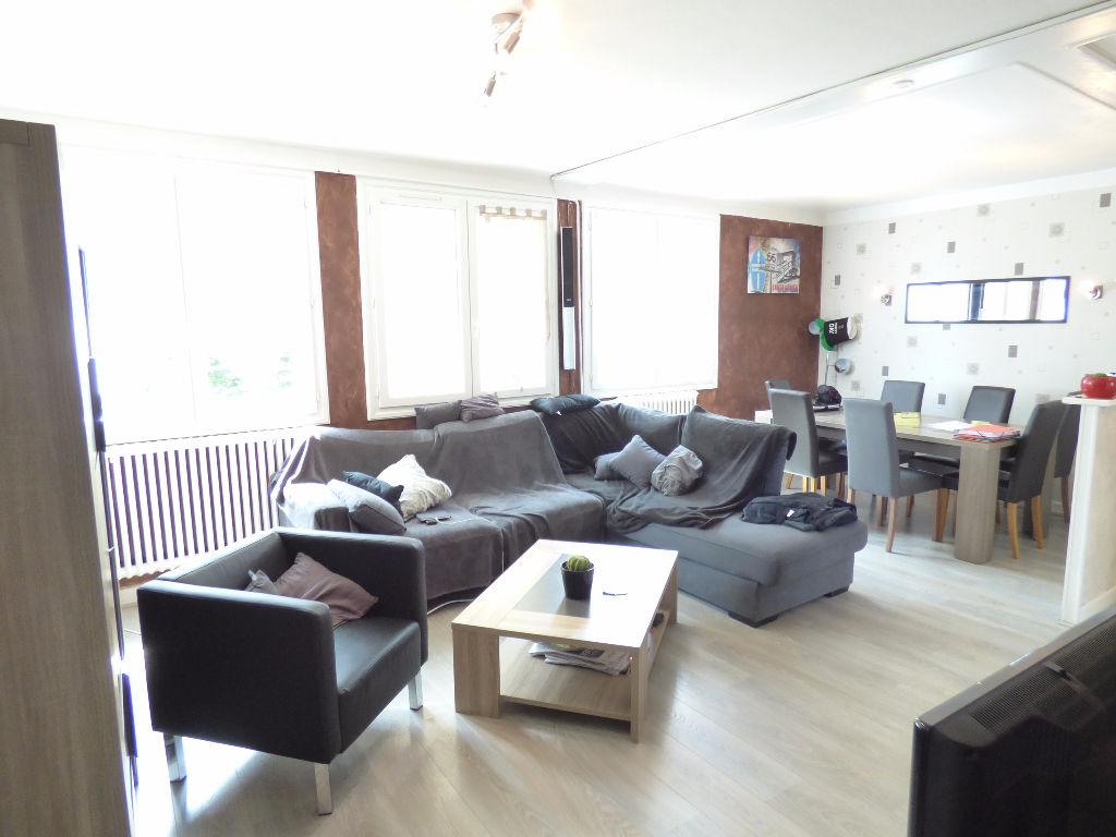 Appartement Aurillac 3 pièce(s) 69 m2 GARAGE et parking