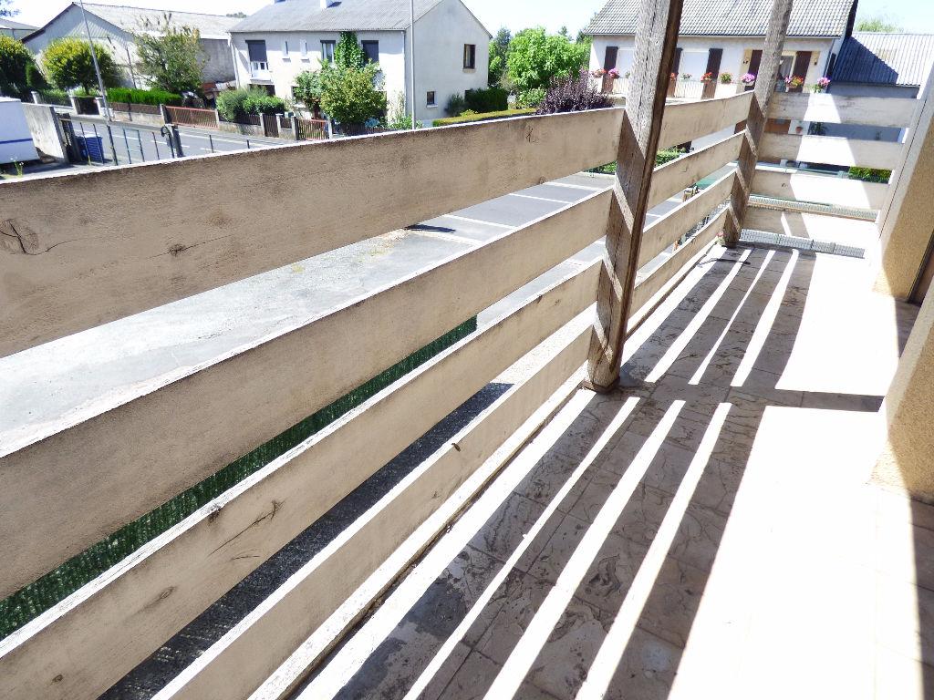 Appartement Aurillac 4 pièce(s) 100 m2 BALCON