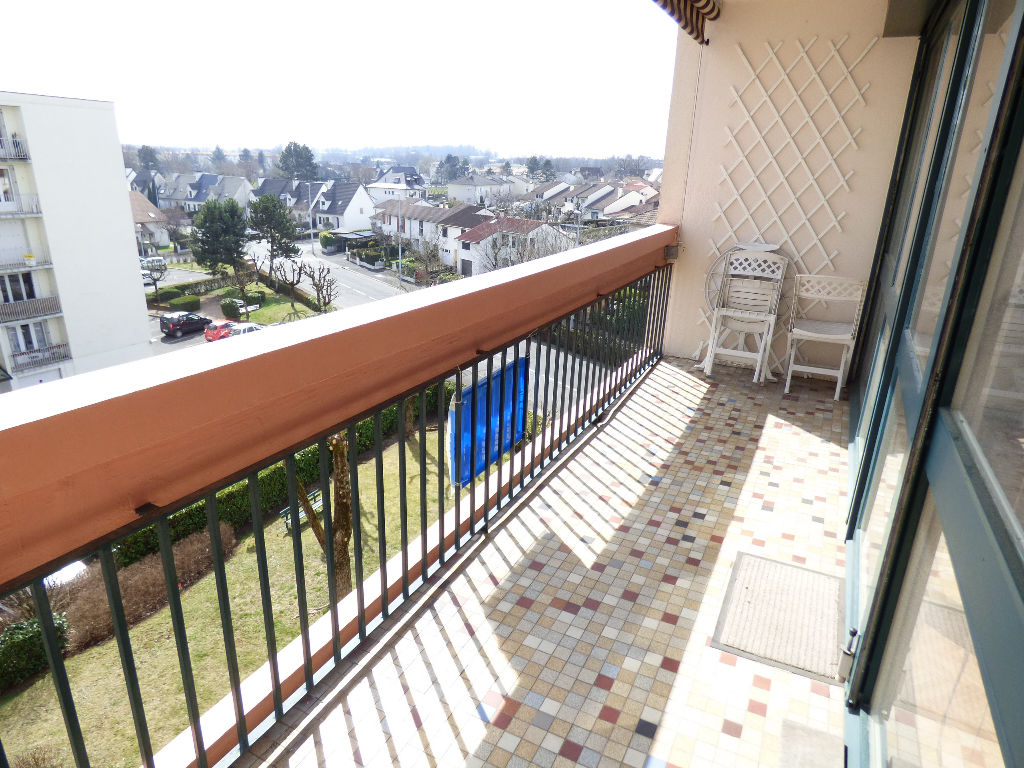 APPARTEMENT T3 ASCENSEUR BALCON GARAGE