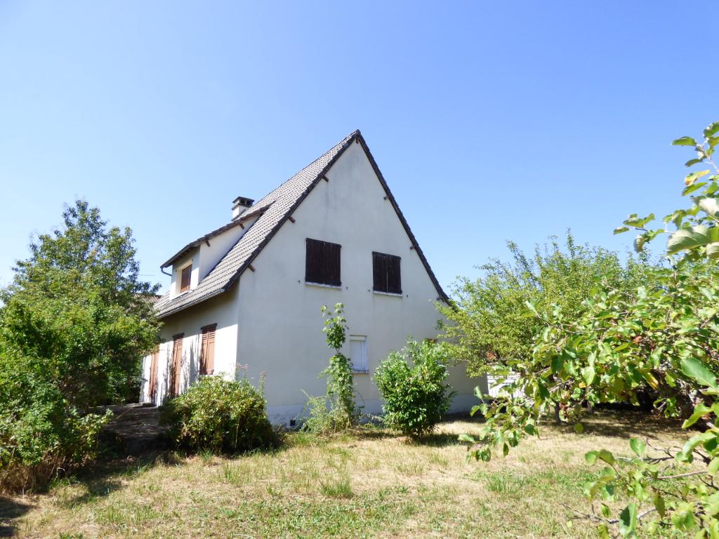 Maison Aurillac 7 pièce(s) 140 m2 TRONQUIERE 5 CHAMBRES.